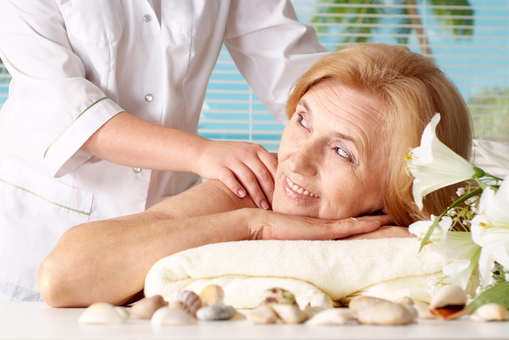 Your Mom Deserves the Gift of Relaxation this Mother's Day