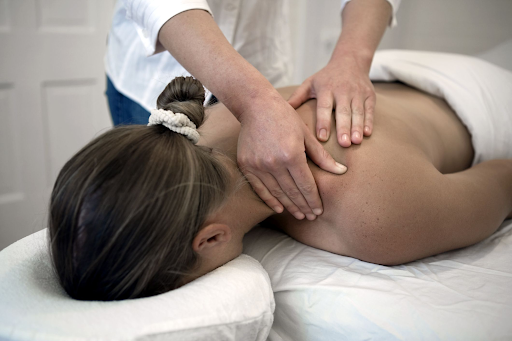 5 Proven Benefits of Deep Tissue Massage